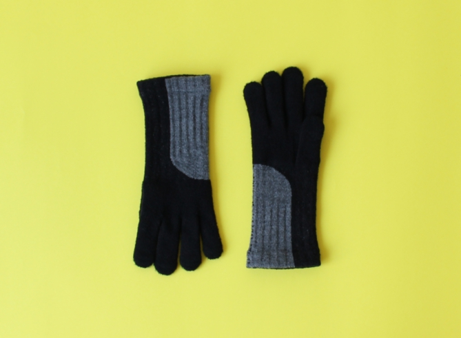 % GLOVES BLOCK Black 70% Gray 30%