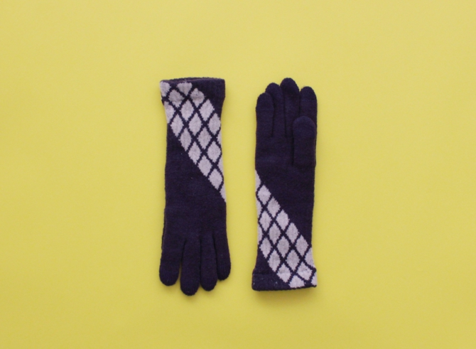% GLOVES CROSS – Dark purple 60% Beige 40%
