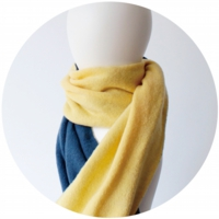 % HOLE SCARF Blue 70% Yellow 50%