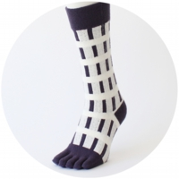 % FIVE TOE SOCKS LINE White 60% Purple 40%