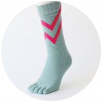 % FIVE TOE SOCKS LINE Mint green 80% Dark pink 20%