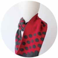 % SCARF DOT Dark gray 50% RED 50%