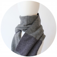 % SCARF STRIPE Navy 50% Gray 50%