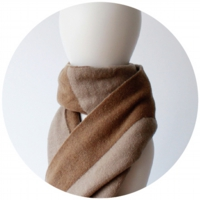 % SCARF BLOCK Brown 50% Beige 50%
