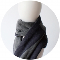 % SCARF BLOCK  – Navy 50% Gray 50%