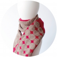 % SCARF DOT Red 50% Brown 50%