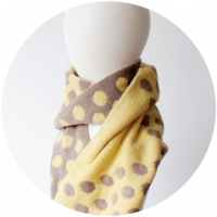 % SCARF DOT Yellow 50% Beige 30%