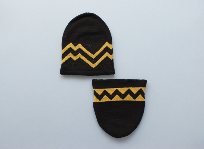 % KNIT CAP LINE Black 90% Yellow 10%