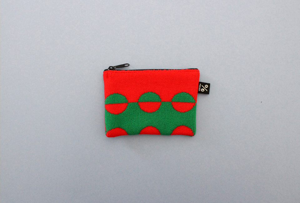 % POUCH DOT Red 50% Green 50%