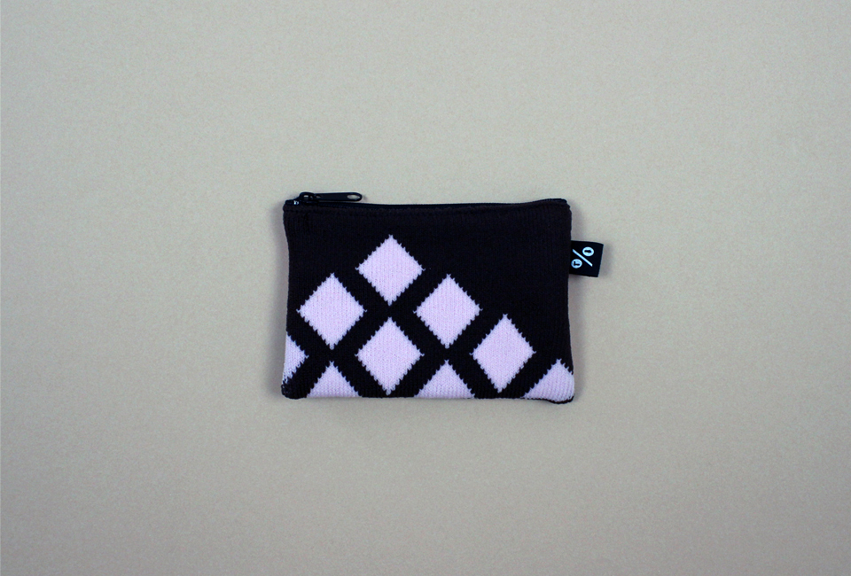 % POUCH CROSS Brown 60% Pink 40%