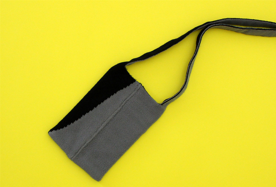 % POCHETTE BLOCK Black 50% Grey 50%