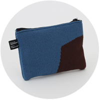 % POUCH BLOCK Blue 60% Brown 40%