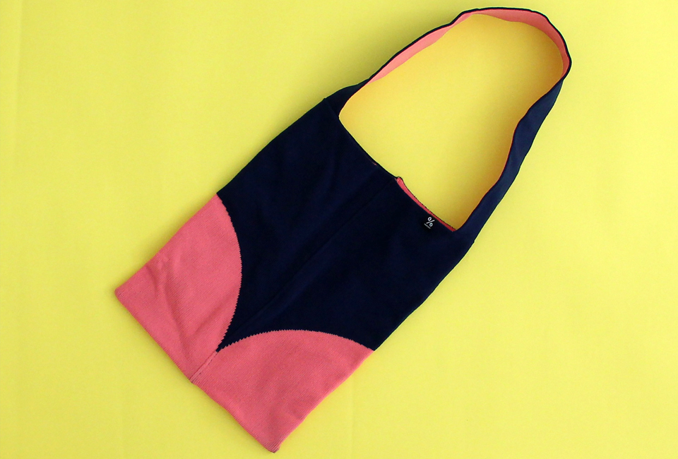 % SHOULDER BAG DOT Navy 60% Pink 40%