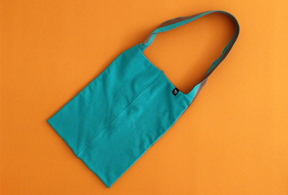 % SHOULDER BAG BLOCK Green 50% Brown 50%